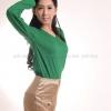 เสื้อยืด สีเขียวใบไม้ คอวี แขนยาว Size S