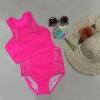 ชุดว่ายน้ำทูพีชเอวสูงลายลูกไม้สีชมพู