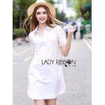 [พร้อมส่ง] เสื้อผ้าแฟชั่นเกาหลี Lady Ribbon's Made เชิ้ตเดรสผ้าคอตตอนประดับผ้าลูกไม้ ช่วงบน ส่วนช่วงตัวกระโปรงเป็นผ้าคอตตอนสีขาวเรียบๆ