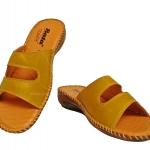 รองเท้า บาจา comfit เย็บข้าง สีครีมเหลือง