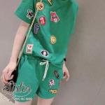 [พร้อมส่ง] เสื้อผ้าแฟชั่นเกาหลี เซ็ตเสื้อ+กางเกงเข้าชุดกัน เนื้อผ้าเกรดดี ตัวเสื้อแขนสั้น คอกลมแบบสวมคอ สีเขียว