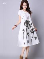 DRESSกระโปรงผ้าฝ้ายสีขาว คอวี แขนสั้น เย็บกระดุมติดแนวเฉียงสไตล์จีนๆ พิมลายดอกบัว ดีไซน์น่ารักมากๆ ผ้าเนื้อดีไม่บาง ไม่ร้อนค่ะ