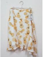 Jp1063 New!! สินค้าใหม่ ป้ายห้อย กระโปรง ผ้าชีฟอง สีพื้นขาว บายกราฟฟิควงกลม