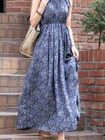 Dressกระโปรงผ้าฝ้ายเนื้อนิ่มแขนสั้น สีน้ำเงินพิมพ์ลายดอกไม้ มีสม็อกจ้ำที่เอวทำให้เข้ารูป ผ้าเย็นสวมใส่สบายรูปทรงทันสมัยมากค้ะ